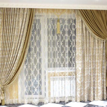 готовые шторы для гостиной золото кисти