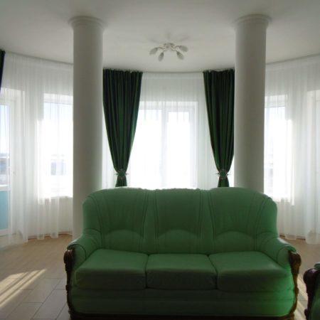 готовые шторы для гостиной эркер круглый