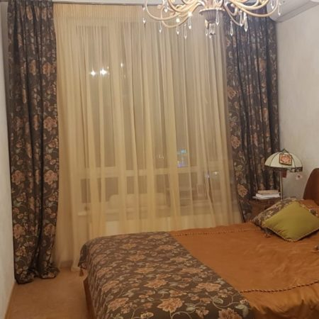 готовые шторы для спальни цветы