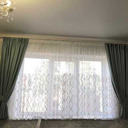 готовые шторы для гостиной короткие