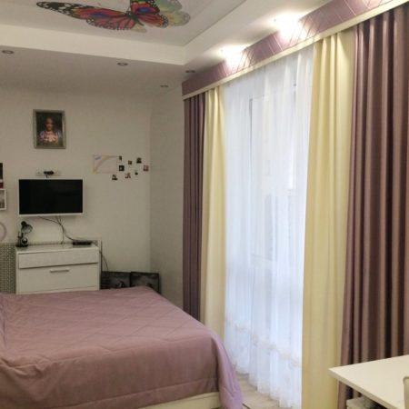 готовые шторы для спальни девушки