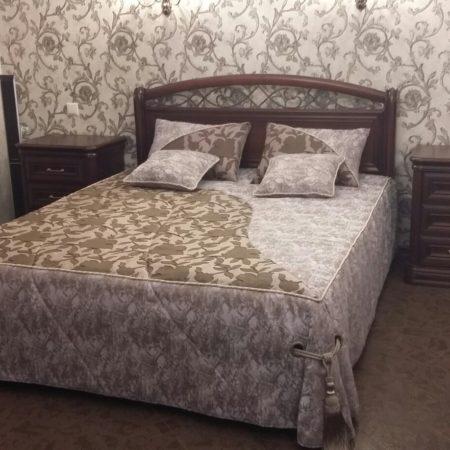 покрывало подушки готовые шторы в спальню