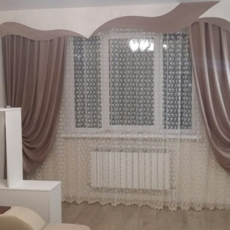готовые шторы для гостиной ламбрекен беж