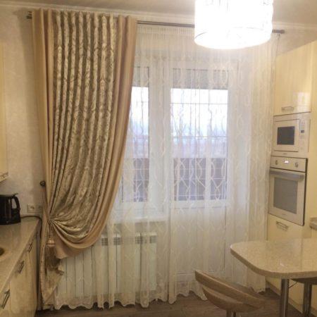 готовые шторы для кухни купить с подхватом