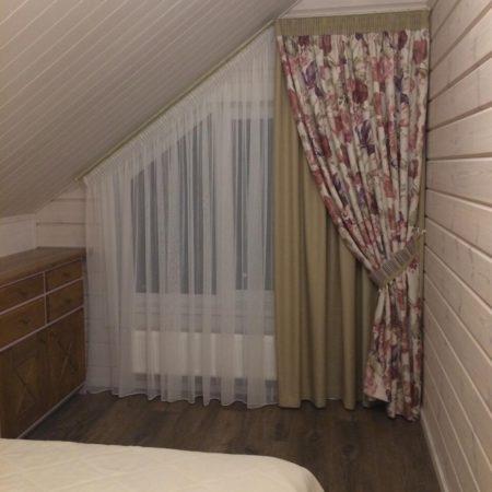 мансарда готовые шторы в спальню